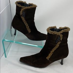 Stuart Weitzman 7.5 M Brown Fur Lined Ankle Boots